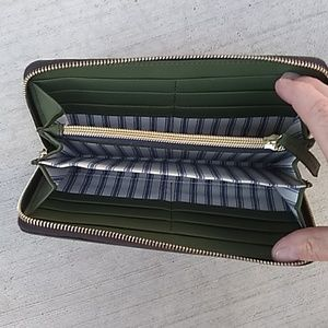Dooney & Bourke Bags - Dooney & Bourke Saffiano Zip Around Wallet